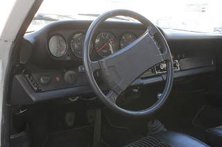 08 Porsche 911 1974