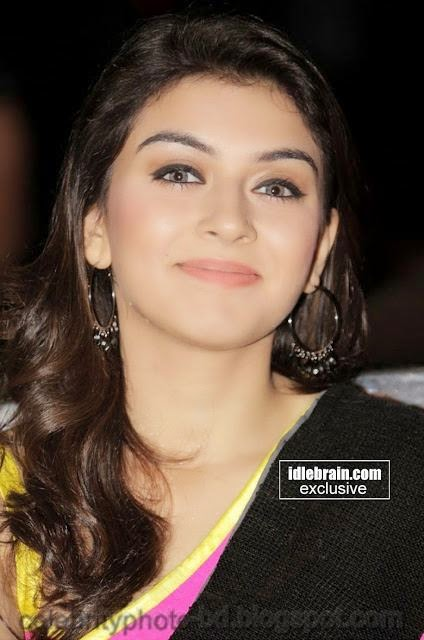 Hot+Hansika+Motwani+gorgeous+pics+In+attractive+saree004
