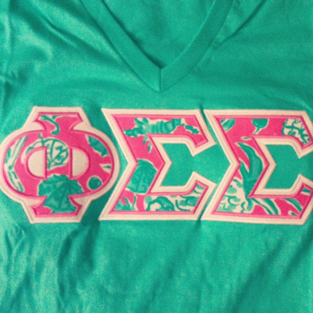 spotlight sunday monogram express its a lilly pulitzer