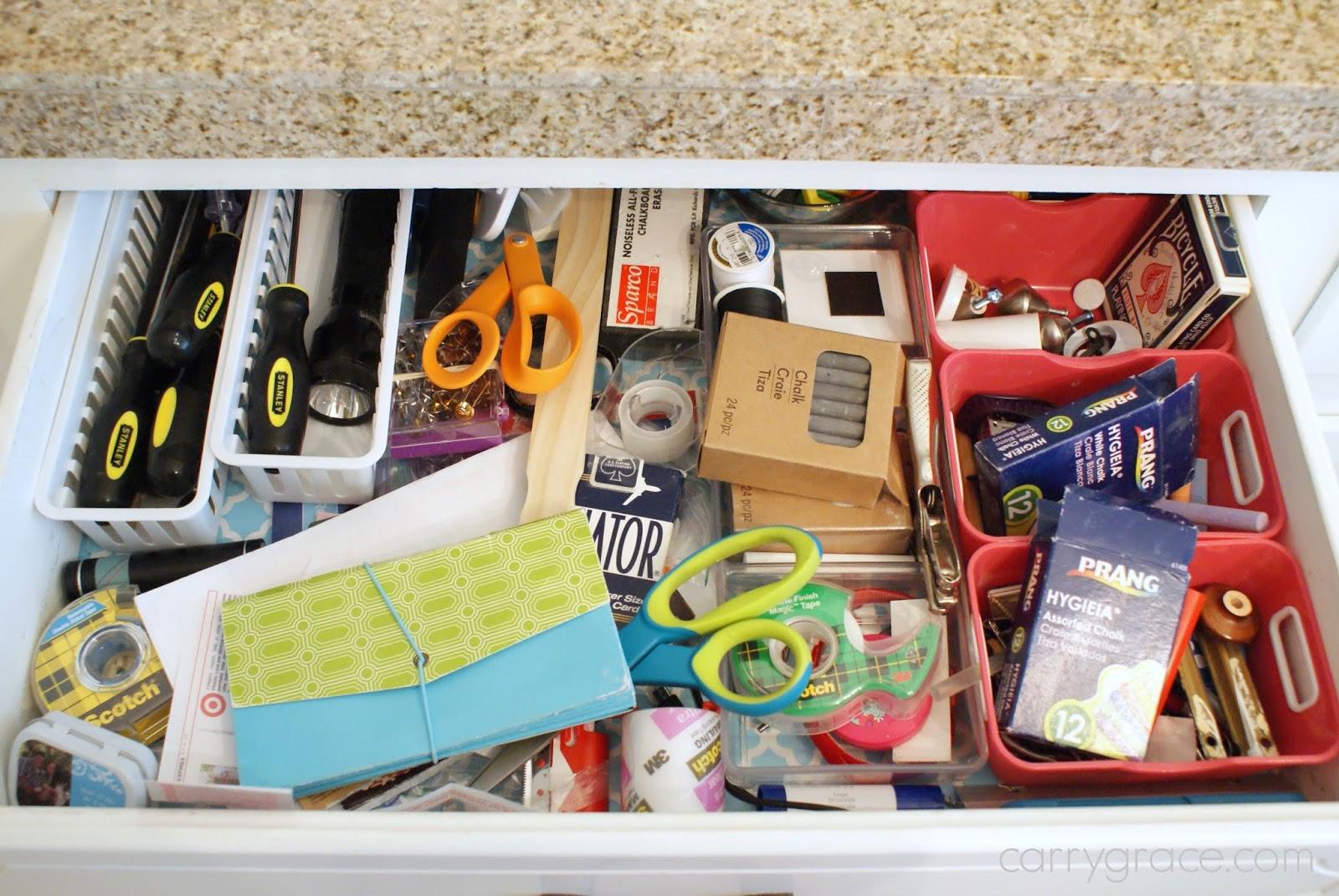 Carry grace organize it kitchen junk drawer desk drawer for Kitchen junk drawer