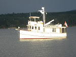 PILGRIM 40 ANCHORED IN SHELBURNE BAY