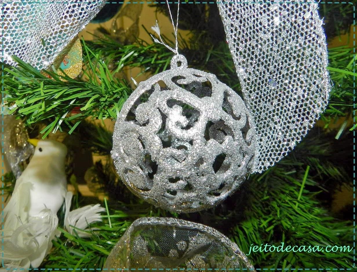 decoracao de arvore de natal azul e prata : decoracao de arvore de natal azul e prata:Árvore de natal prata e azul – Jeito de Casa – Blog de Decoração