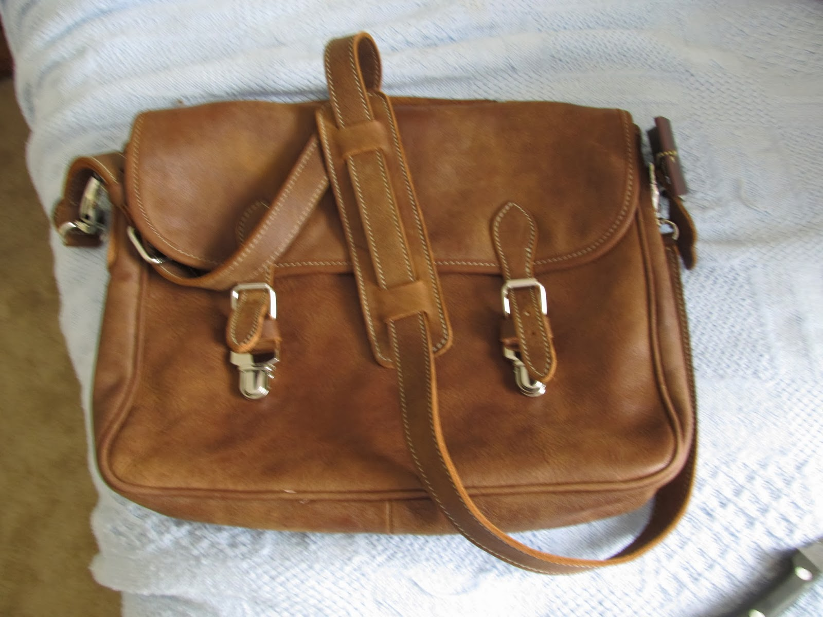 9557dacf3813 Roots Canada  the most underrated leather goods... (and customer ...