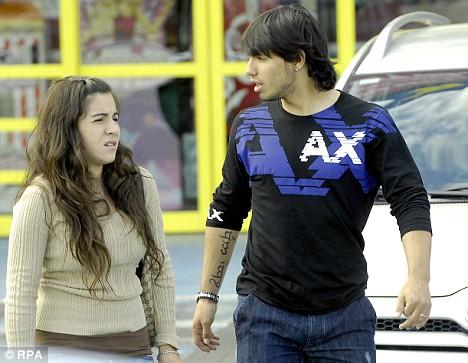 Giannina Maradona 2013 sergio kun Aguero girl...