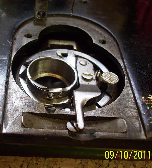 bobbin casing for singer sewing machine