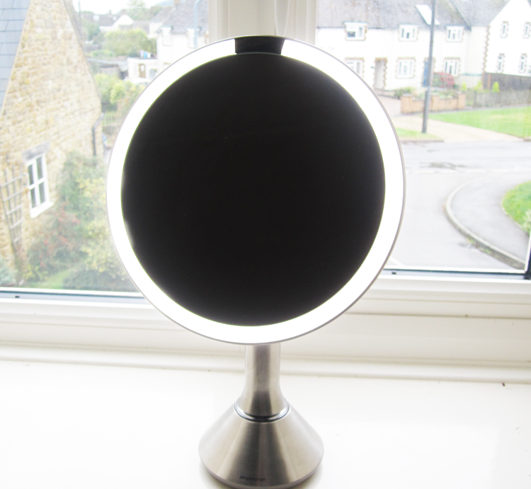 A picture of simplehuman Magnifying Sensor Mirror review