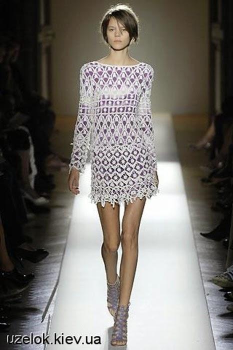 Vestido de encaje al crochet con lindo diseño muy original