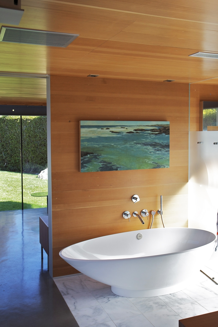 Contemporary bathroom in Suburban house by Shubin + Donaldson Architects