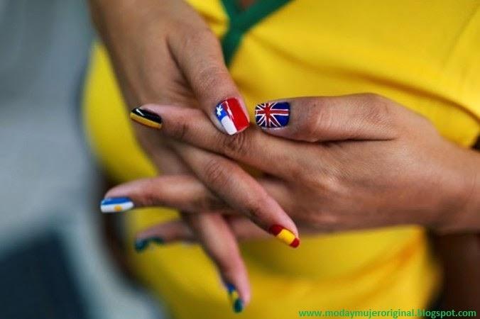 uñas decoradas con bandera de pais mundial 2014