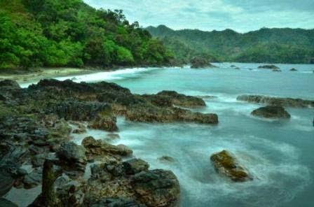 Teluk Kiluan : Tempat wisata alam di Bandar Lampung yang mempesona