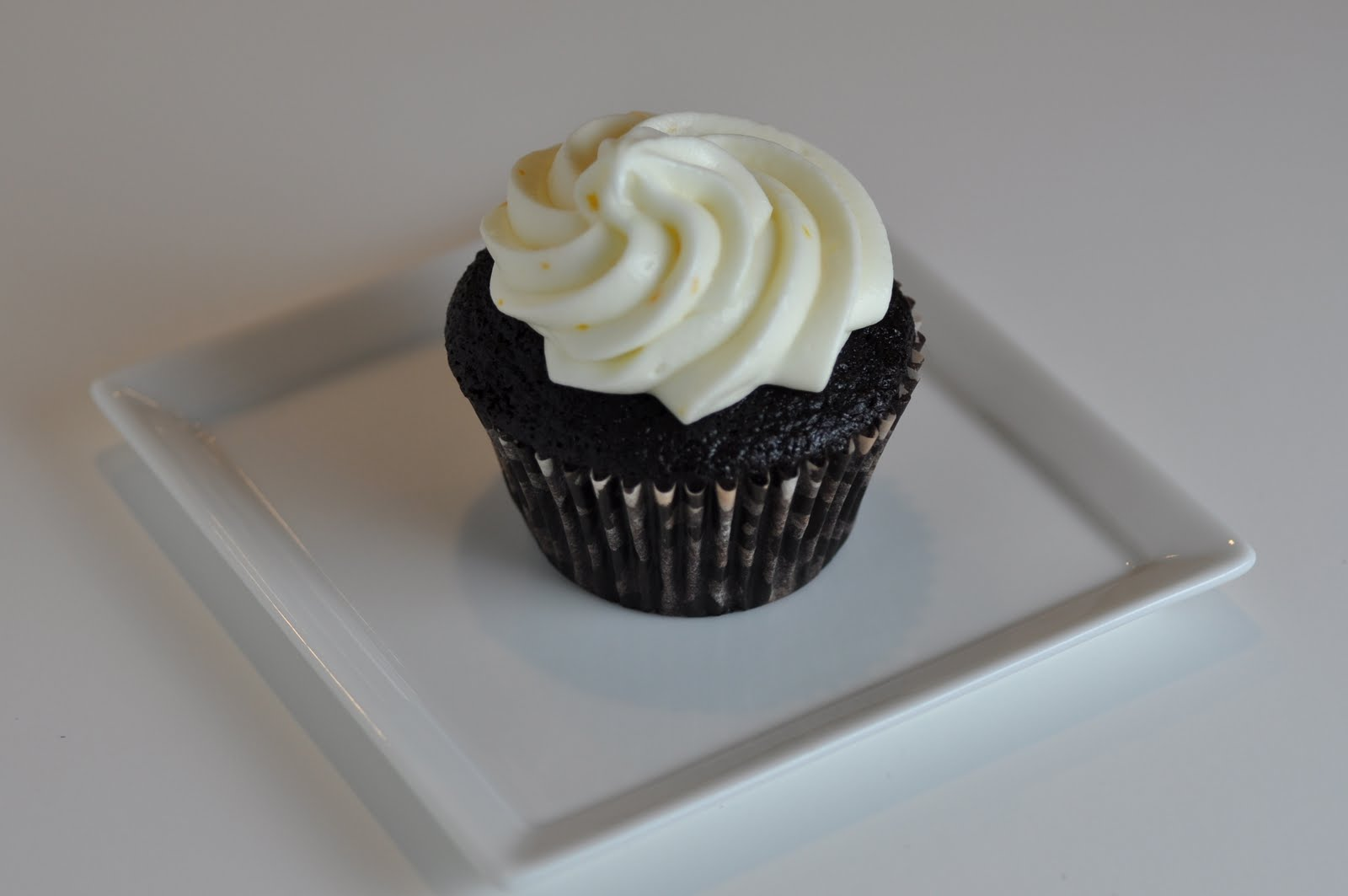 ... Delicious: Chocolate Cupcakes with Orange Cream Cheese Frosting