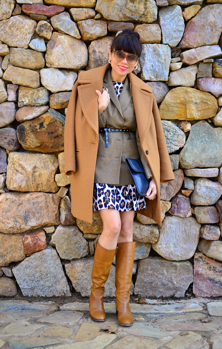 Camel boots Outfit