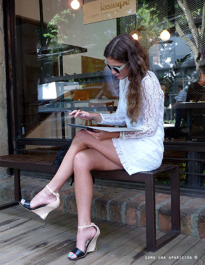 street-style-la-fashion-sommelier-medellín-white-lace-dress-sunglasses-como-una-aparición