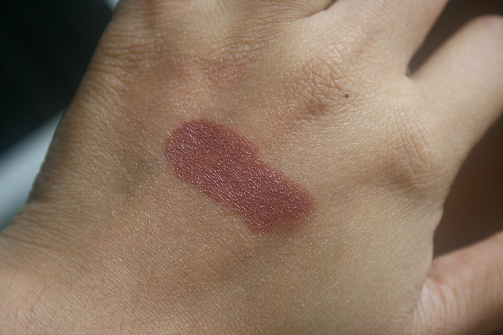 Bite Beauty Butter Cream Lipstick in Marzipan Swatch