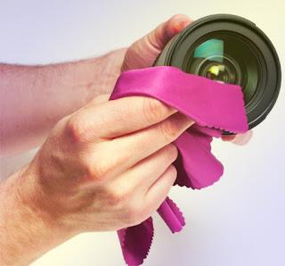 7 Cara Merawat Lensa Kamera Agar Tidak Jamuran