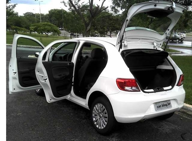 Volkswagen Gol G5 2011 1.0 Trend - portas abertas