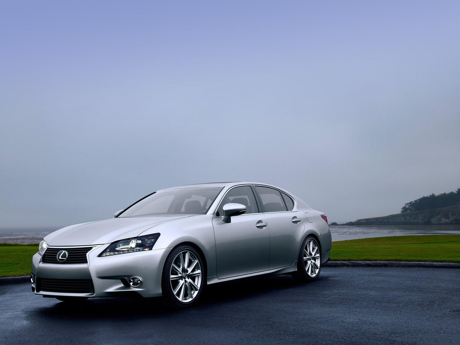 Lexus GS 350 - the new prestigious car
