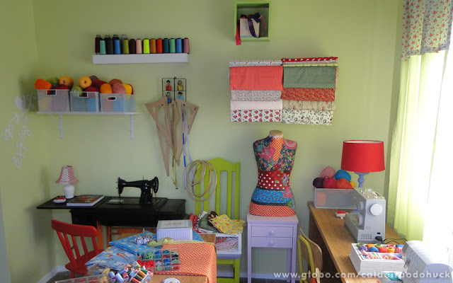 quarto de costura -craft room