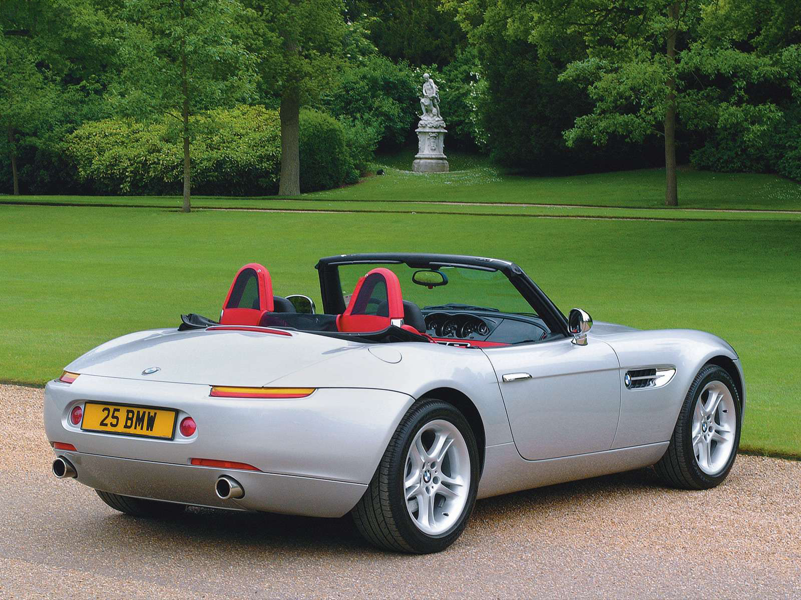 Automotive Database: BMW Z8 (E52)