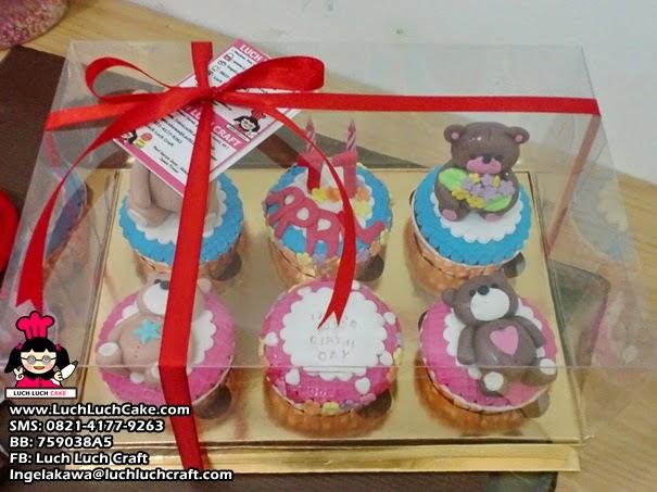 cupcake ulang tahun teddy bear