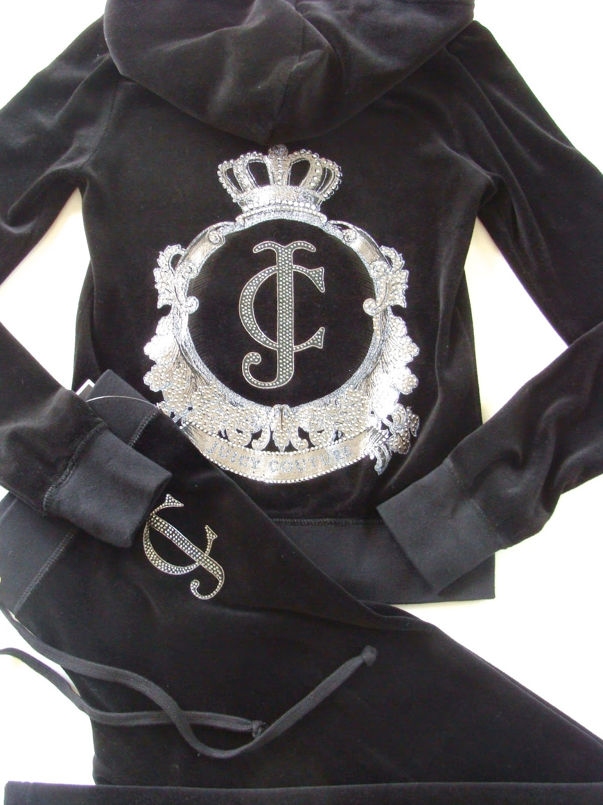 http://www.sunnybeachcouture.com/search.php?search_query=juicy+couture+