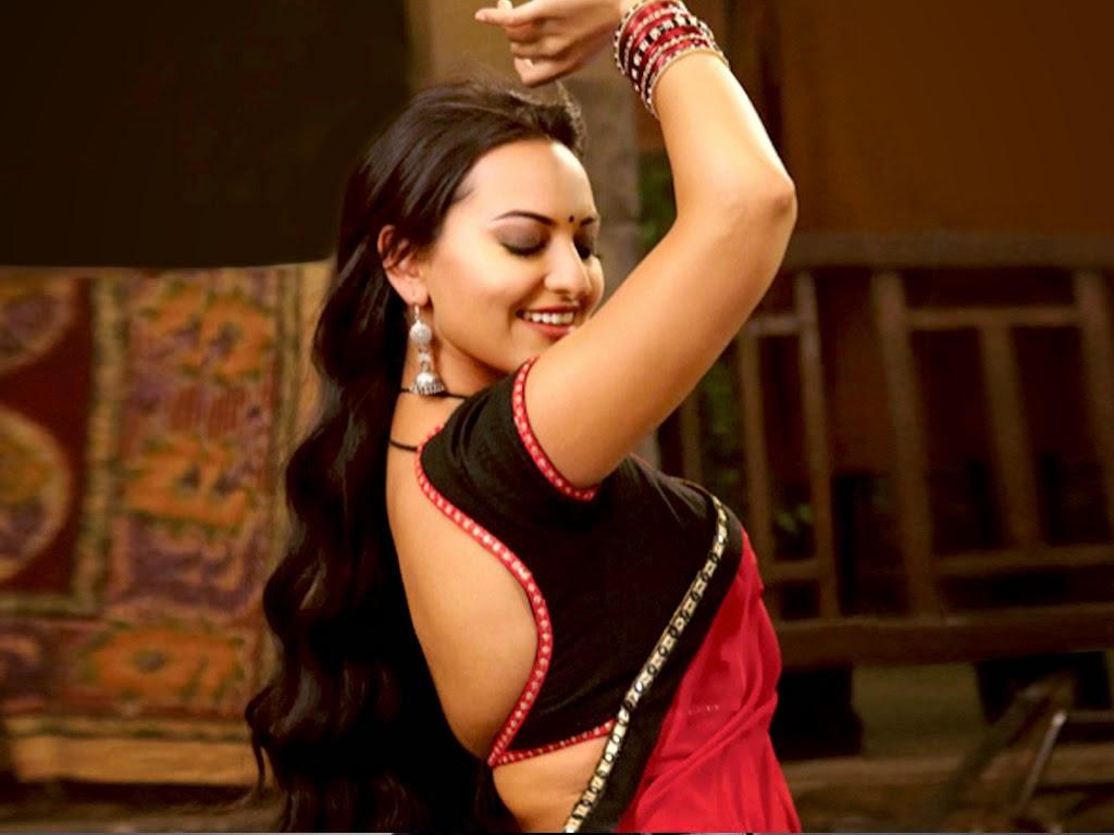 sonakshi sinha hot photo in saree
