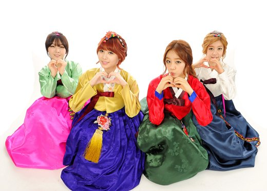 Girls Day Hanbok 03