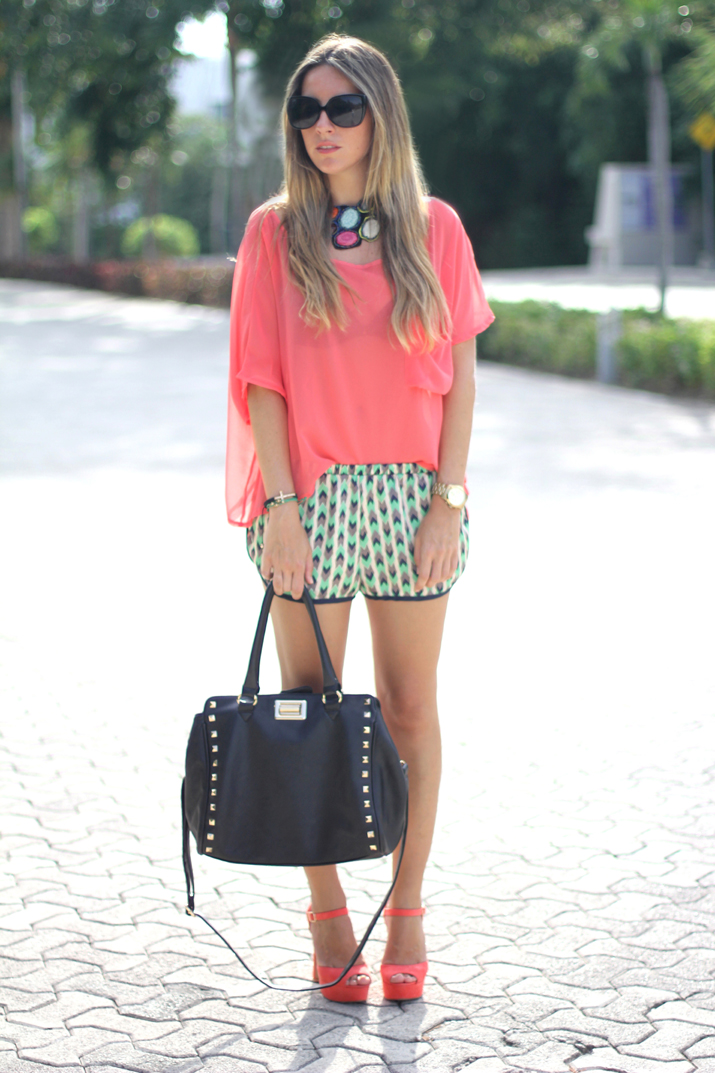 Tribal shorts fashion blogger Mónica Sors