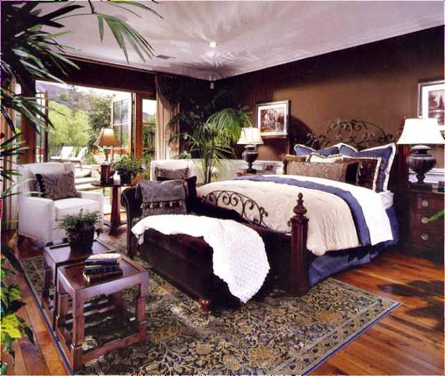 Old world bedroom design ideas room design inspirations for Old world decorating ideas