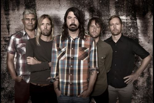 "FOO FIGHTERS: Κυκλοφορούν σε EP το ""Songs From The Laundry Room"""