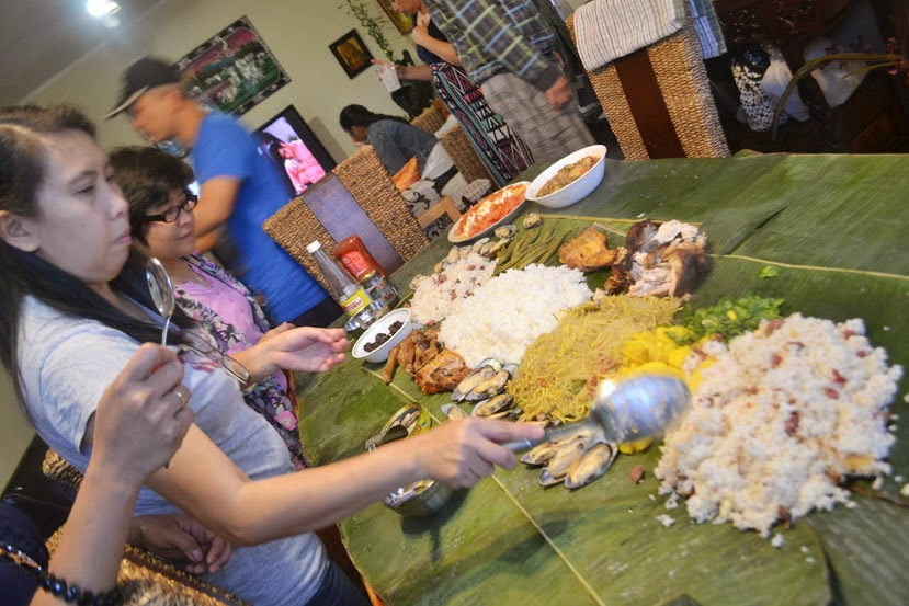 ... multiple times, but I have never been to a boodle fight so my interest