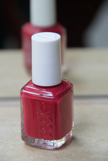 Essie, Very Cranberry