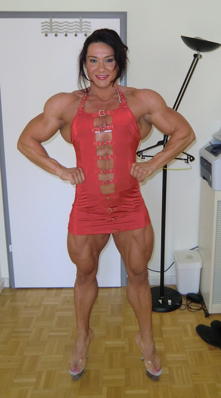 Romanian woman bodybuilder alina popa