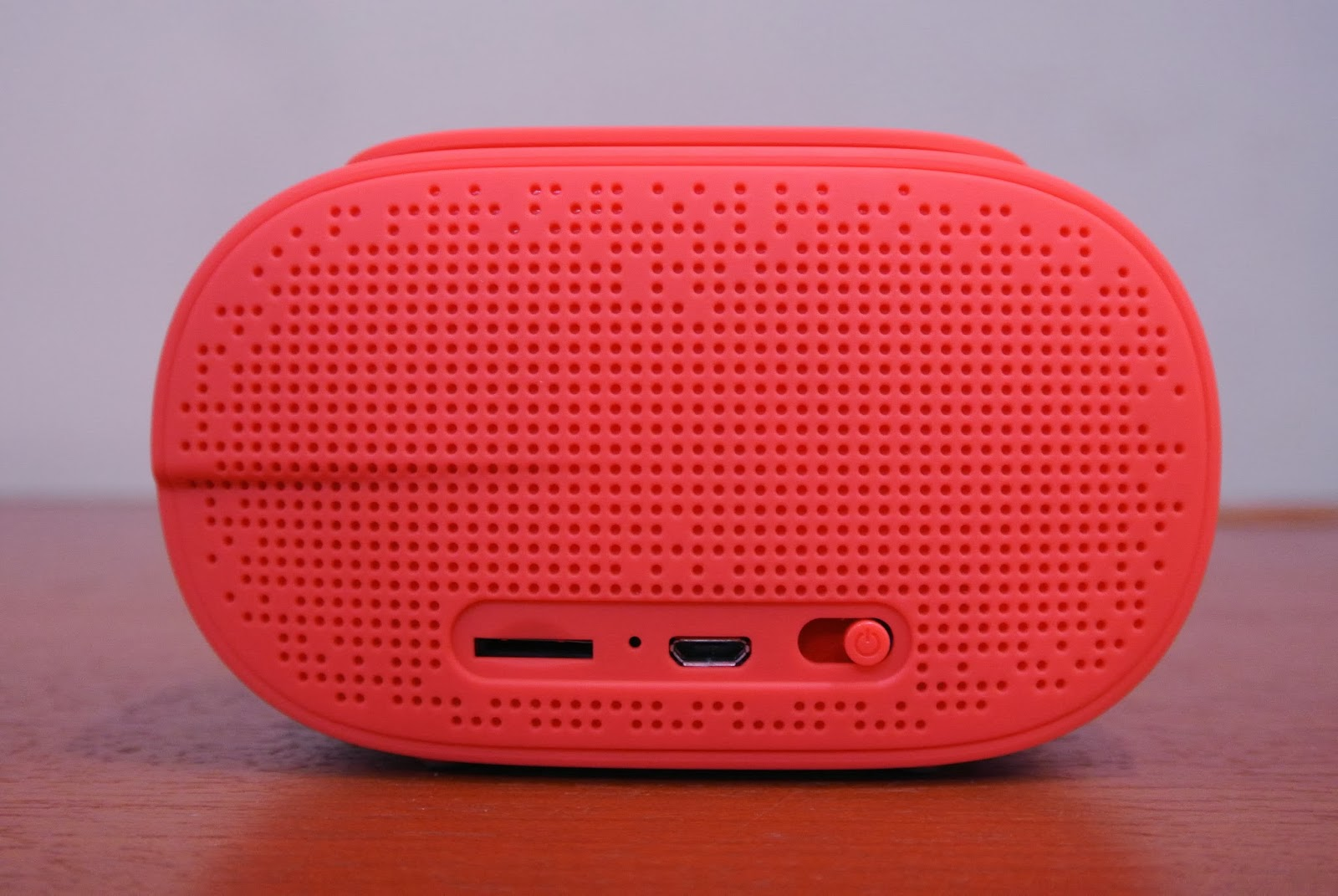 Discover Your Gadget Dygadget Sonicgear Pandora 3 Mini Quatro 2 Super Loud 20 Usb Speaker By Green A Tendency That You Might Touch It Accidentally Theres Was Once Where The Volume Switched To Maximum Without Me Noticing And Gave
