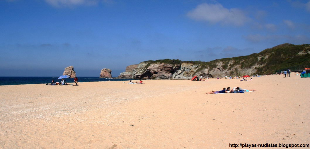 Playa nudista Les Deux Jumeaux (Pirineos-Atlánticos, Francia)
