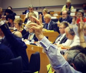 Miembros de la Campaña #NOalTTIP se reúnen con eurodiputados socialistas para pedirles que no desprotejan a la ciudadanía europea