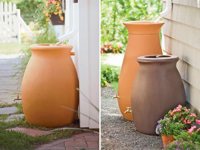 Vaso de cerâmica capta água da chuva