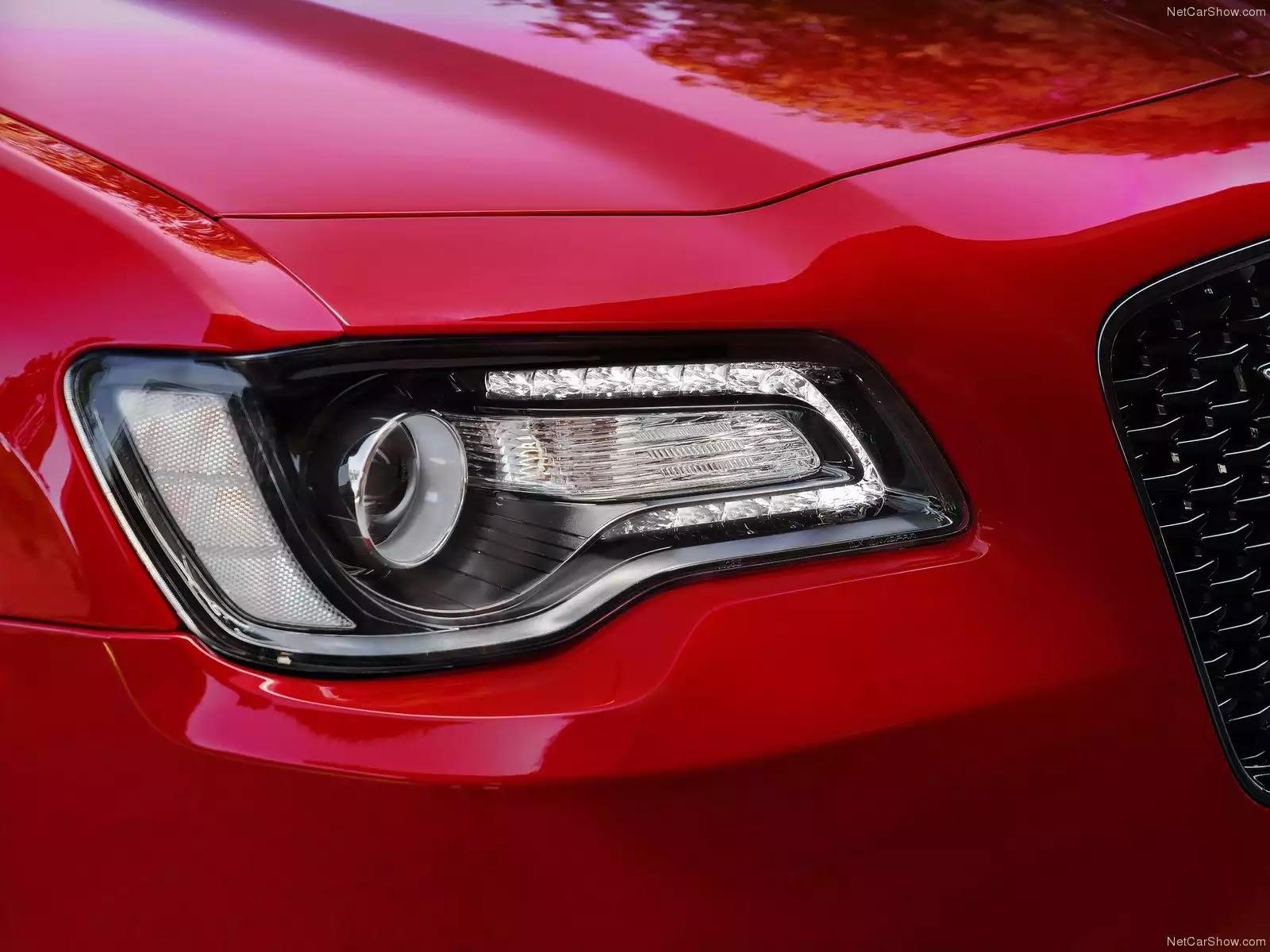 Hình ảnh xe ô tô Chrysler 300 2015 & nội ngoại thất