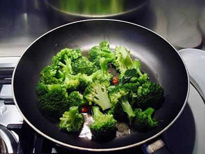 Pasta broccoli e vongole - Step 3