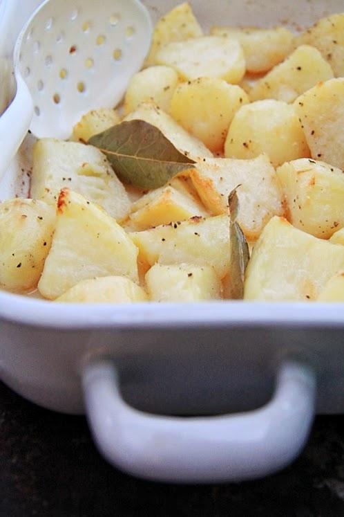 Pieczone ziemniaki z chrupiącą skórką