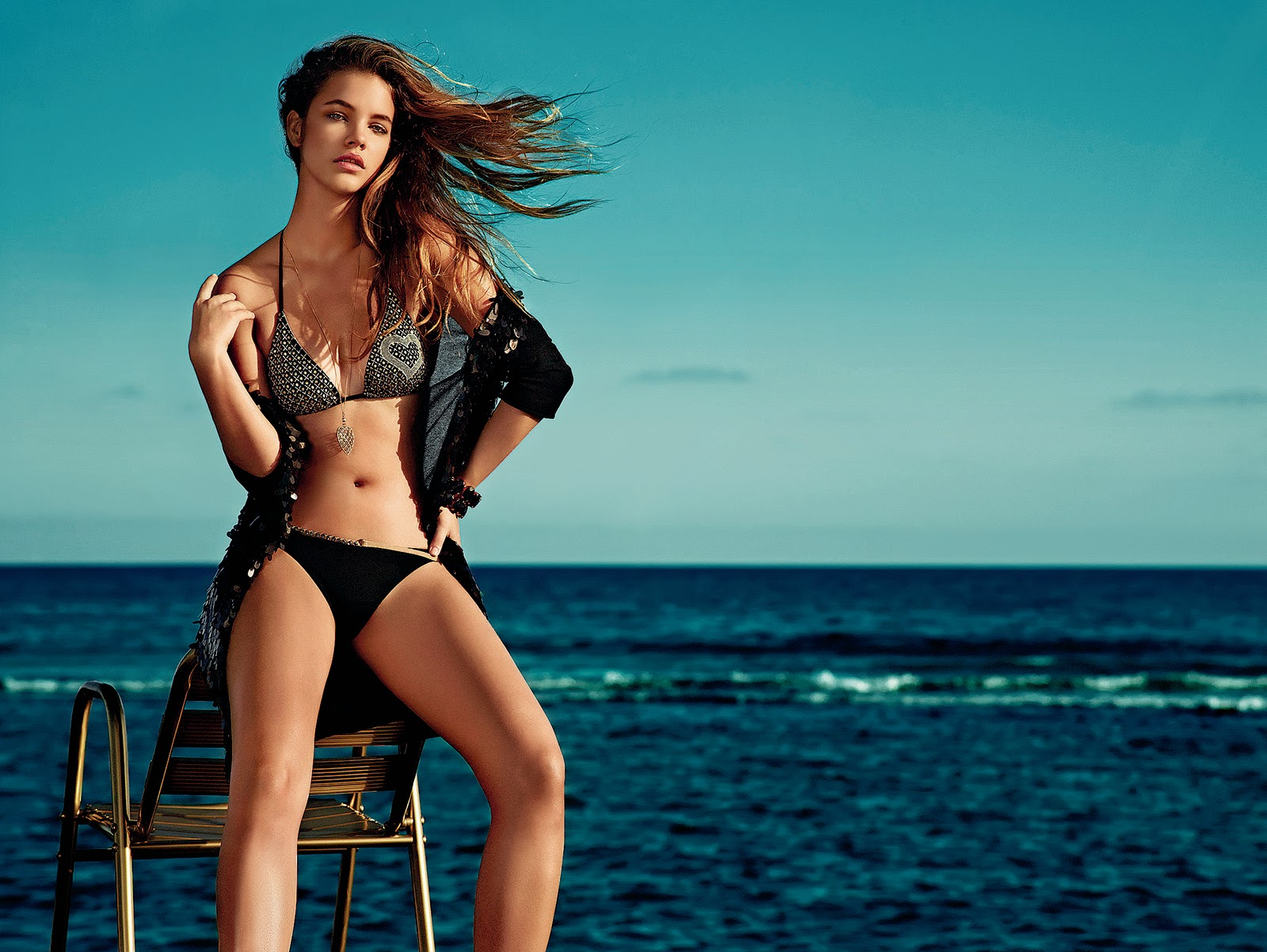 elysian glam supermodel barbara palvin twin set beachwear. Black Bedroom Furniture Sets. Home Design Ideas