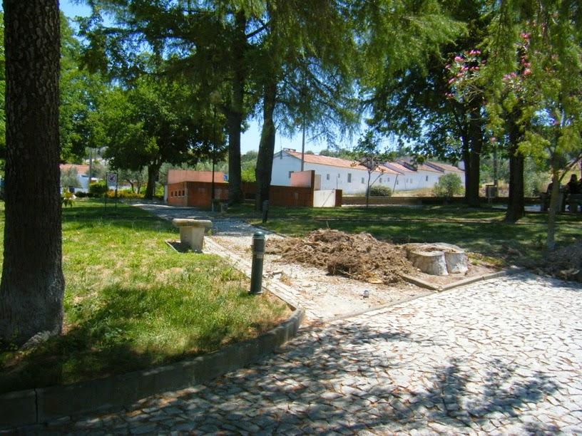 Algumas obras no parque