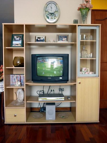 Muebles esquineros para sala for Muebles para sala de tv