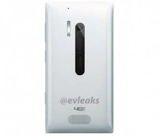 Nokia Lumia 928 'Putih' Menampakkan Diri