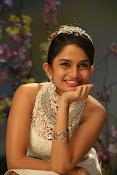 sheena shahabadi glamorous photos-thumbnail-6