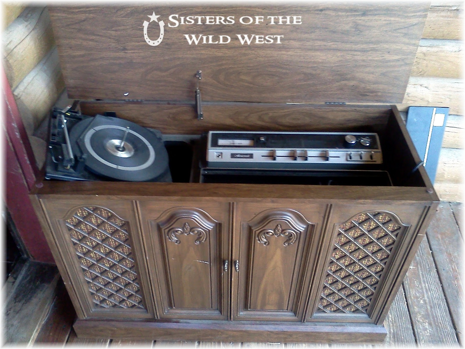 vintage electrohome deilcraft player image with cabinet record records in phonic stereo