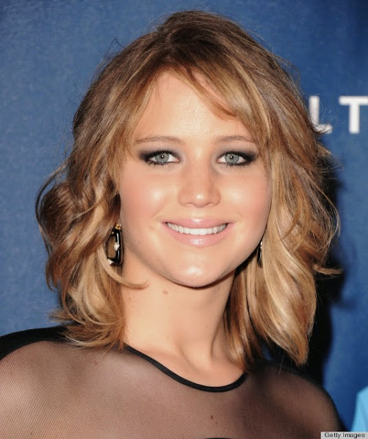 The Flattering And Interesting Short Layered Hairstyles With Bangs