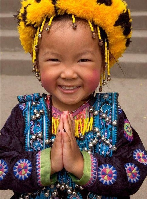 The Nicest Pictures: tibetan girl