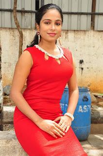 Vrushali Gosavi Stills At Vaadu Nenu Kadhu Movie Launch 2.jpg