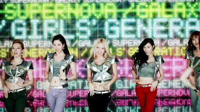 girls generation seohyun hyoyeon tiffany galaxy supernova